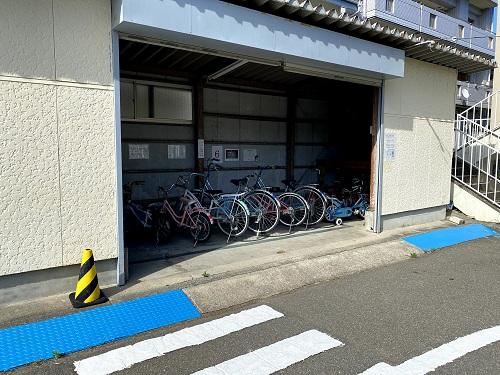 長崎交通公園の自転車置場